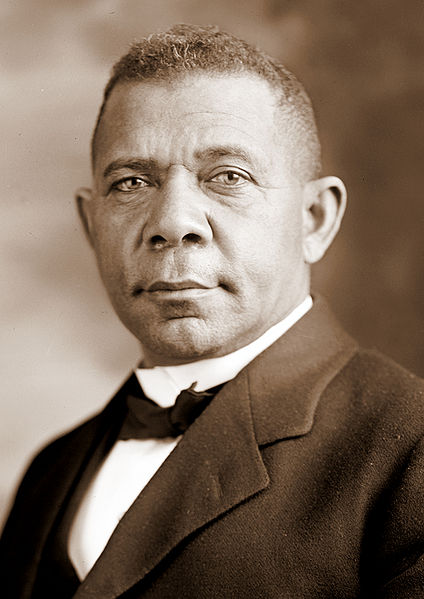 424px-Booker_T_Washington_retouched_flattened-crop